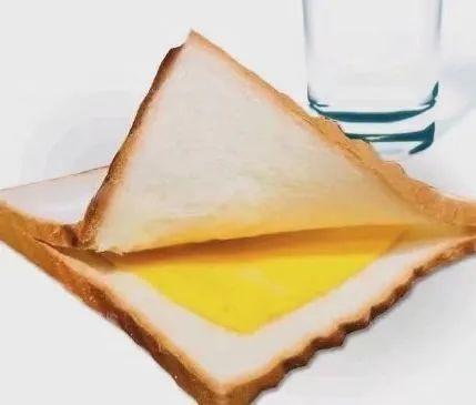 两面包夹芝士